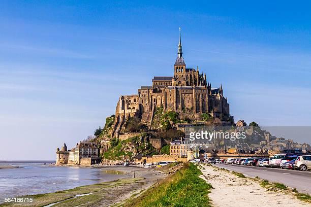 le mont-saint-michel, basse-normandie, france - モンサンミッシェル ストックフォトと画像
