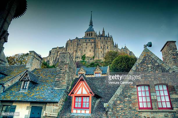 le mont-saint-michel - モンサンミッシェル ストックフォトと画像