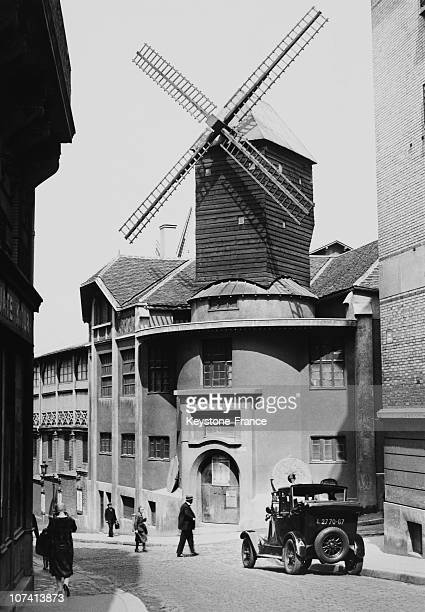 Le Moulin De La Galette At Paris In 1928