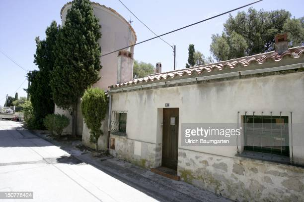 Le Moulin Gris was after 1933 the place of refuge of Alma MAHLER and Franz WERFEL in SanarysurMer at the Southern French Riviera Sanary was the...