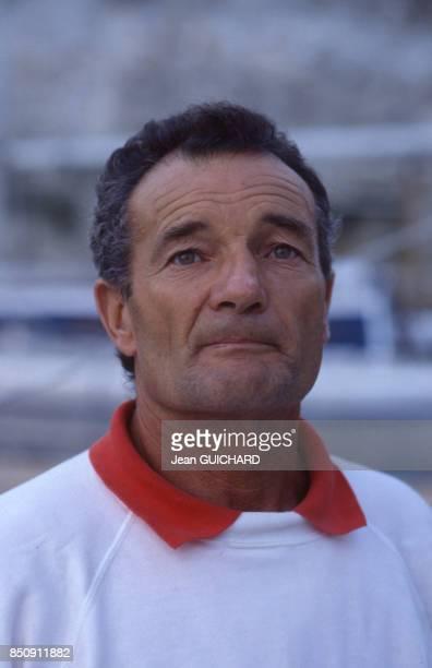 Le navigateur français Eric Tabarly avant le départ de la course La BauleDakar en octobre 1987 France