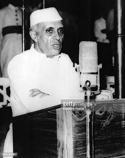 Le nouveau Premier ministre de l'Inde Jawaharlal Nehru à New Delhi en Inde le 15 août 1947
