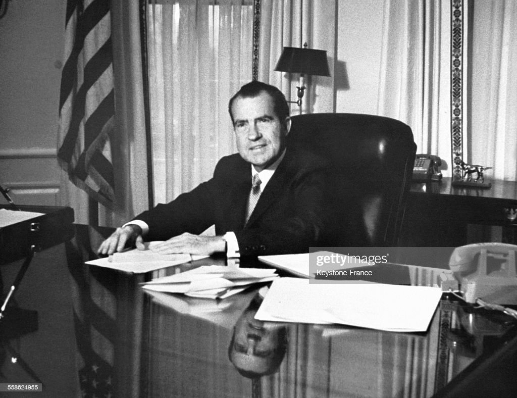Richard nixon à son bureau présidentiel pictures getty images