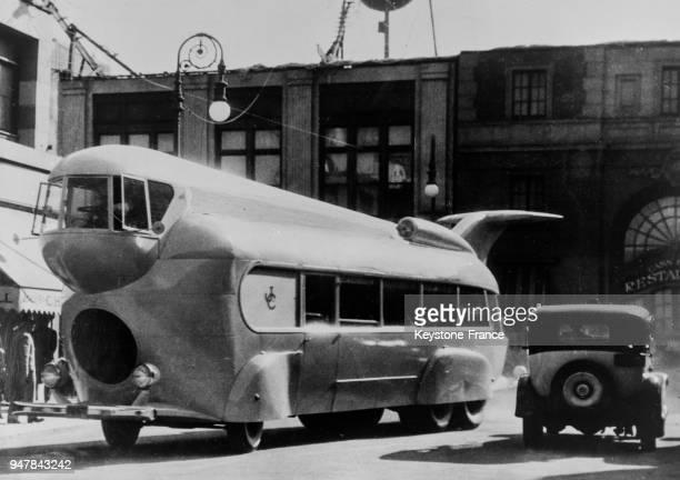 Le nouvel autobus aérodynamique aux EtatsUnis le 4 mars 1935