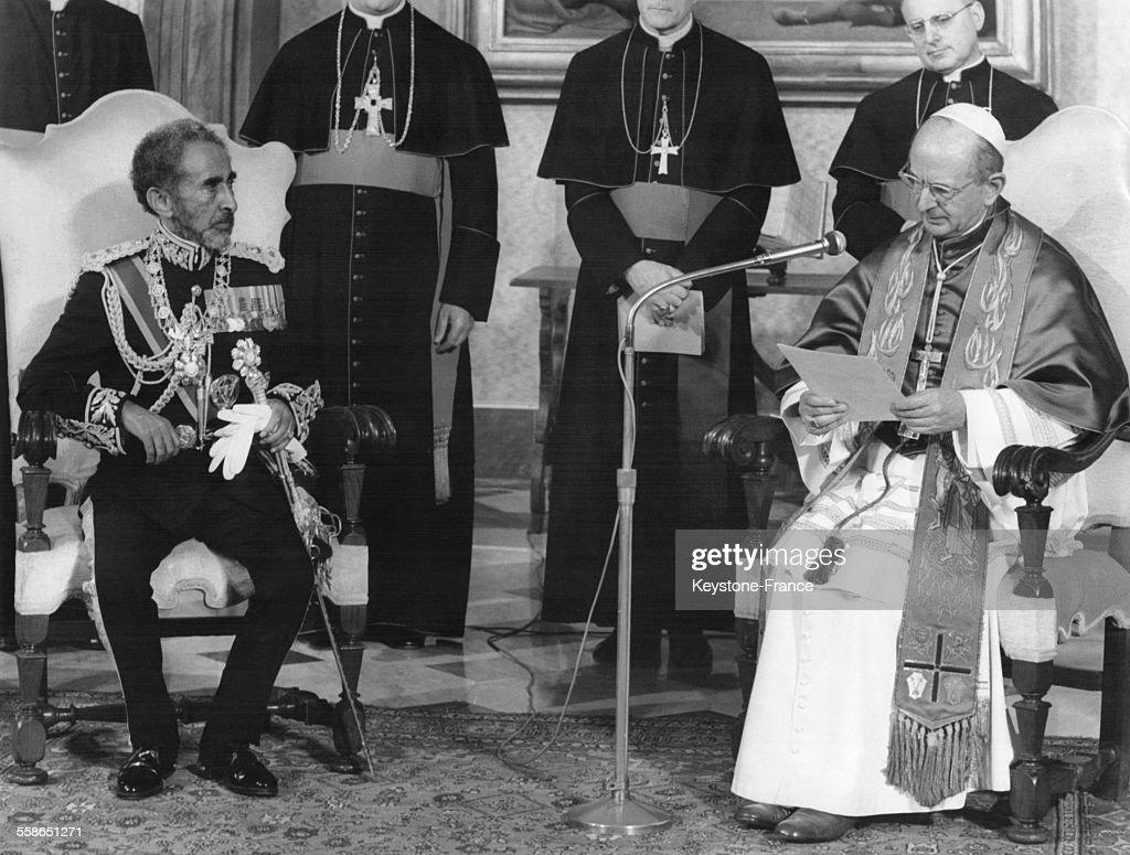 L'Empereur Haile Selassie Au Vatican : Photo d'actualité