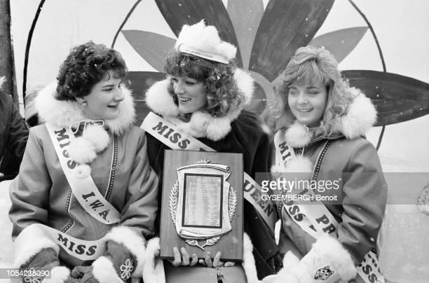 Le Pas Canada février 1987 Le Festival des Trappeurs du Pas au Manitoba reconnu pour ses courses d'attelage de chiens Trois Miss et leur trophées...