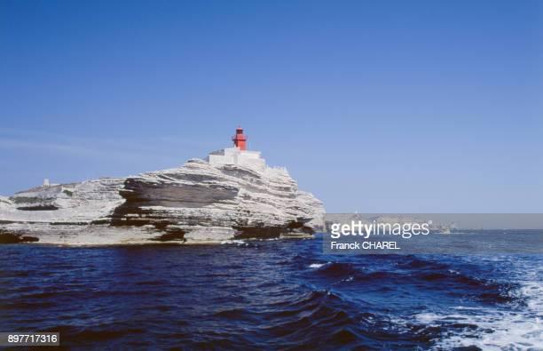 Le phare de la Madonetta a Bonifacio en juin 2003 en CorseduSud France