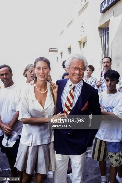 Le photographe David Hamilton avec son amie Gertrude le 7 août 1983 à Ramatuelle France
