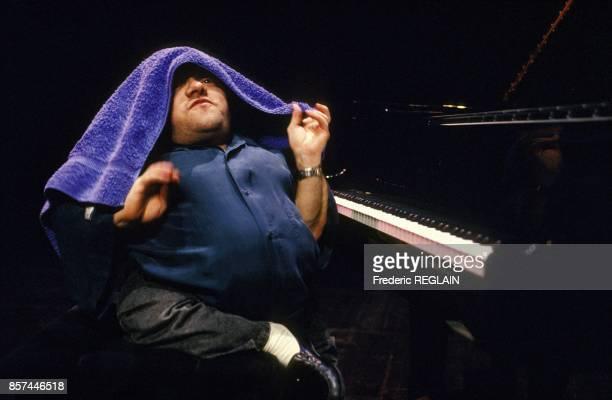 Le pianiste de jazz Michel Petrucciani en concert le 9 fevrier 1993 a Paris, France.