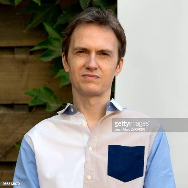 Le pianiste français Alexandre Tharaud lors de la conférence de presse de 'Vaille que vivre ' un spectacle conçu par Alexandre Tharaud d'après le...