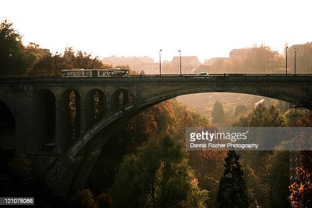 le pont adolphe - luxembourg benelux stock pictures, royalty-free photos & images