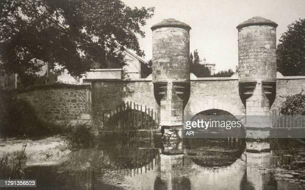 Le pont fortifié Sainte-Catherine à Troyes, France.