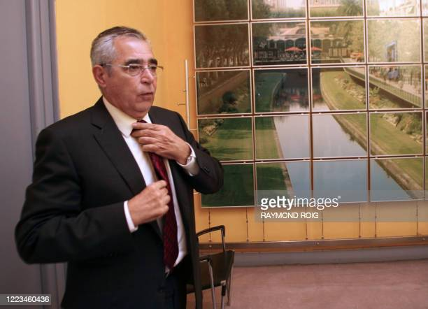 Le premier adjoint au maire, Jean-Marc Pujol répond à la presse, le 15 octobre 2009 à Perpignan. Le sénateur-maire UMP de Perpignan, Jean-Paul Alduy...
