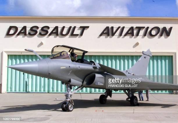 Le premier des avions Rafale marine de série est stationné le 07 juillet 1999 à BordeauxMérignac après avoir effectué son tout premier vol Les avions...