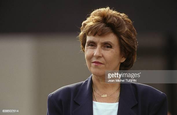 Le premier ministre Edith Cresson dans l'académie de Reims France lors de la rentrée scolaire le 10 septembre 1991