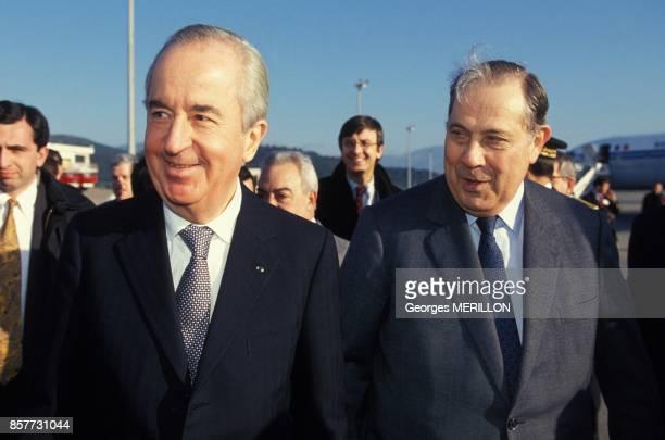Le premier ministre Edouard Balladur accompagne de son ministre de l'Interieur Charles Pasqua en visite en Corse le 1 fevrier 1994 a Ajaccio France