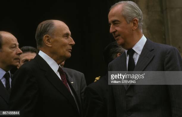 Le president Francois Mitterrand et le Premier ministre Edouard Balladur aux commemorations marquant le 50e anniversaire de la mort de Jean Moulin le...