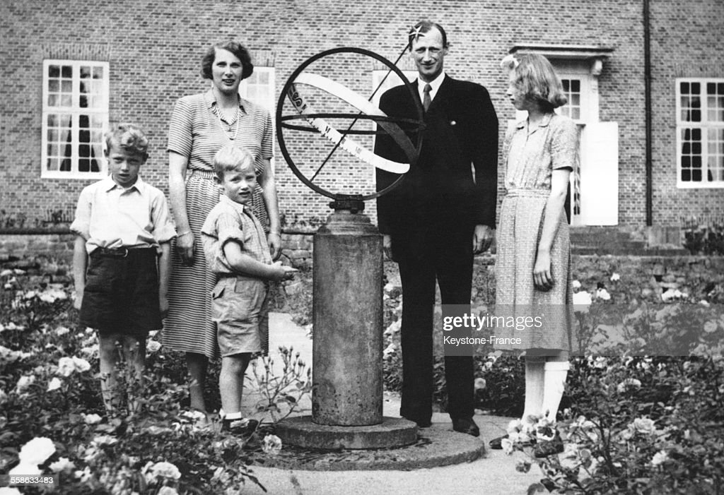 Le Prince Knud Et Sa Famille : News Photo