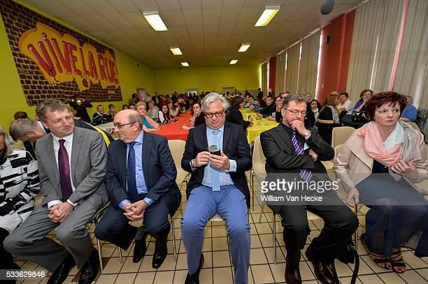 Le Prince Laurent assiste à la fête des internes de l'internat La Roseraie à Soignies Prins Laurent woont het feest van de internen bij van het...