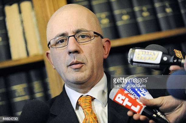 Le procureur de la république de Cusset Raphaël Sanesi tient une conférence de presse, le 03 février 2009 à Cusset, au sujet de l'enquête autour des...