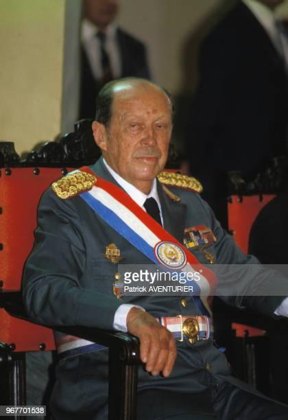 Le président Alfredo Stroessner le 15 mai 1986 à Asuncion au Paraguay