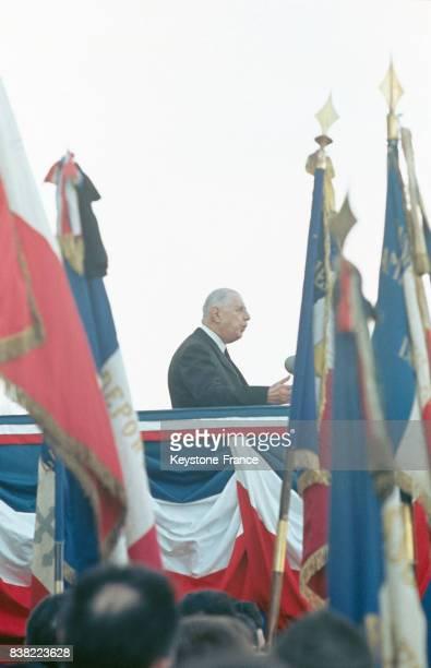 Le Président de Gaulle photographié lors de son discours à Quimper France en février 1969