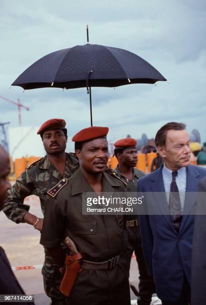 Le Président du Congo Denis Sassou N'Guesso et Albin Chalandon directeur de ELF Aquitaine février 1983 Congo