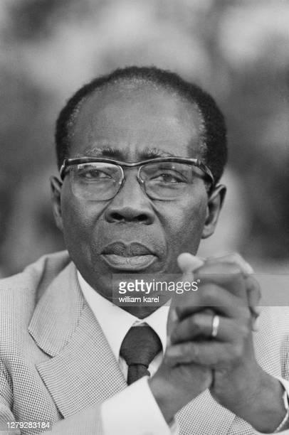 """Le président du Sénégal Leopold Senghor lors des """"dialogues méditerranéens"""" à Saint Maximin dans le sud de la France, 14 septembre 1980."""