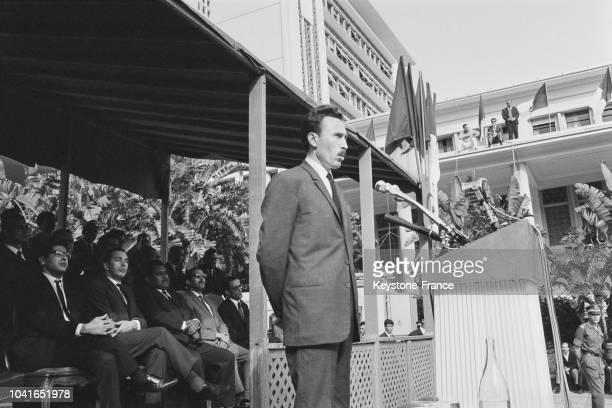 Le président Houari Boumédiène prononçant un discours pour le deuxième anniversaire de la prise du pouvoir par le Conseil national de la Révolution à...