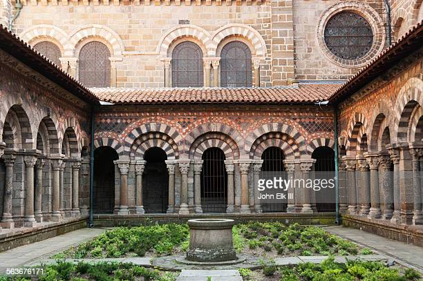 le puy en velay, cathedral notre dame, cloister - cloister stock pictures, royalty-free photos & images