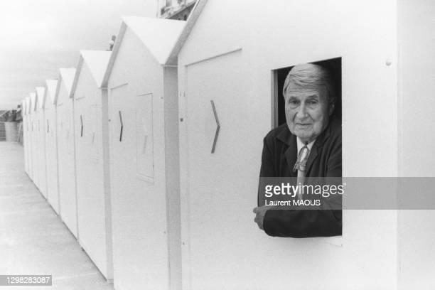 Le réalisateur Claude Autant-Lara lors du Festival du Film Romantique de Cabourg dun é0 au 24 juin 1984 à Cabourg, France.