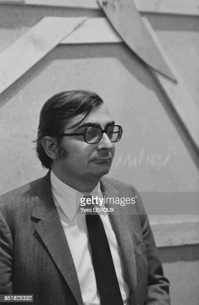 Le réalisateur Claude Chabrol circa 1960 à Paris France