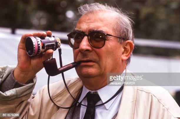 Le réalisateur Claude Chabrol pendant le tournage du film 'Betty' le 17 octobre 1991 France