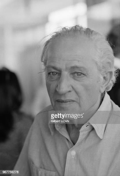 Le réalisateur grec Jules Dassin à l'aéport d'Athènes ele 30 juillet 1974 Grèce