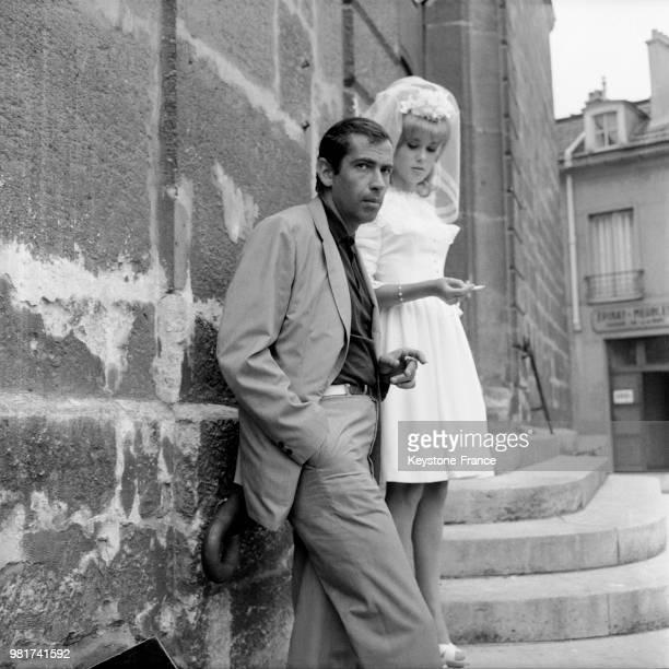Le réalisateur Roger VADIM et l'actrice Catherine DENEUVE sa compagne tournent la scène du mariage du film LE VICE ET LA VERTU en 1962