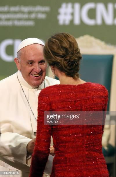 Le reine Letizia d'Espagne a rencontré le pape François François à loccasion de la seconde conférence internationale sur lalimentation le 20 novembre...