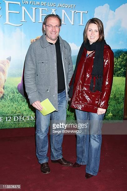 'Le Renard Et L'Enfant' Premiere At Grand Rex In Paris, France On November 18, 2007 - Laurent Fignon and her companion