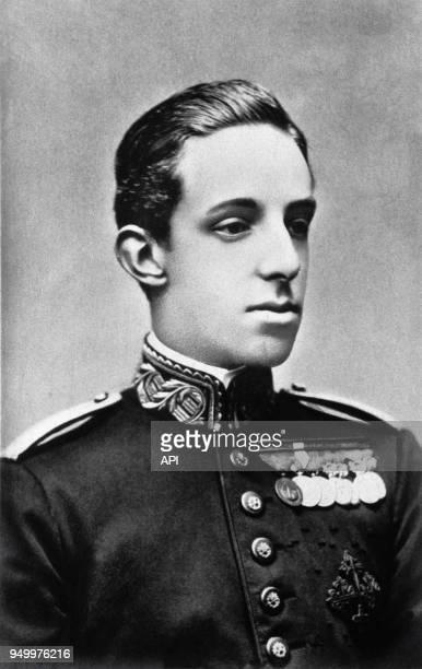 Le roi d'Espagne Alphonse XIII en costume militaire vers 1925 Espagne