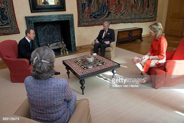 Le Roi et la Reine reçoivent Ban Kimoon Secrétaire général des Nations Unies et son épouse au Palais de Bruxelles De Koning en de Koningin ontvangen...