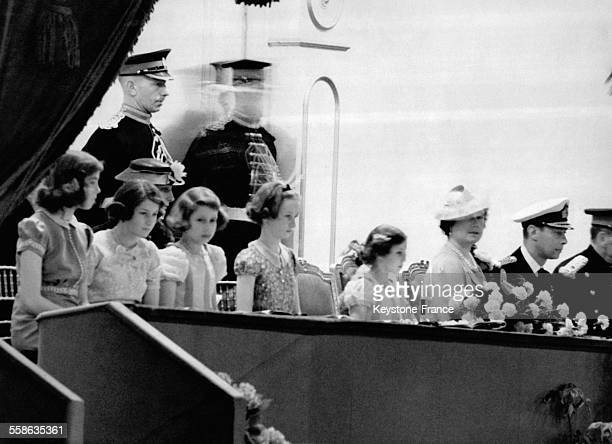 Le Roi la Reine et les Princesses assistent au 'Royal Tournament' el 25 mai 1938 a Londres RoyaumeUni