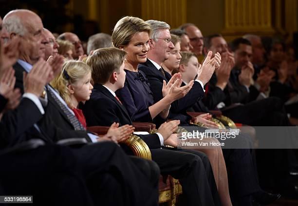 Le Roi Philippe et la Reine Mathilde accompagnés de leurs enfants Elisabeth Eleonore Gabriel et Emmanuel offrent le traditionnel concert de Noël au...