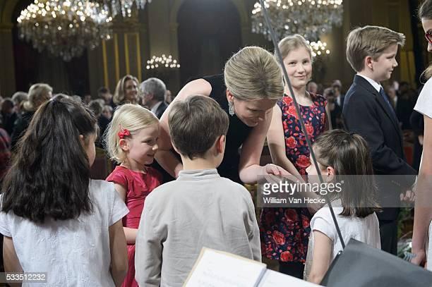 - Le Roi Philippe et la Reine Mathilde offrent le traditionnel concert de Noël au Palais de Bruxelles - Koning Filip en Koningin Mathilde bieden het...
