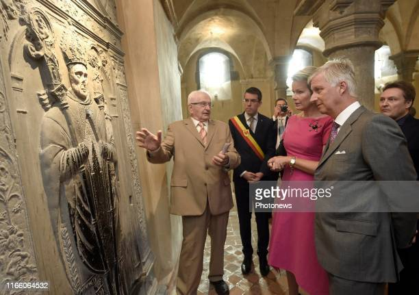 Le Roi Philippe et la Reine Mathilde se déplacent en Province du Hainaut Ils se rendent d'abord à BienneLezHappart pour y visiter le Centre Arthur...