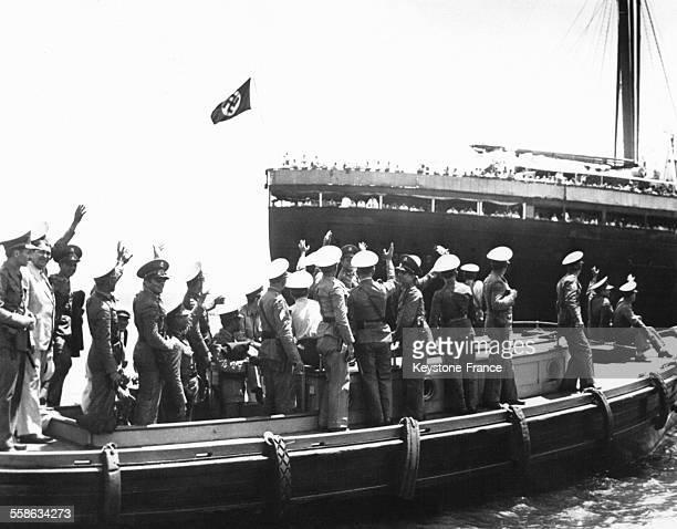Le 'Saint Louis' qui transporte à son bord 915 réfugiés israélites et qui n'a pas reçu l'autorisation du gouvernement cubain de débarquer, navigue...