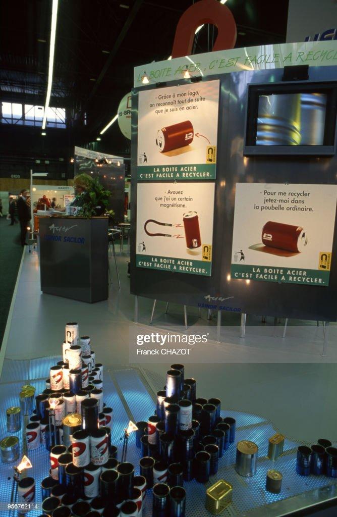 Le Salon Du Recyclage A Paris En Mars 1993 France News