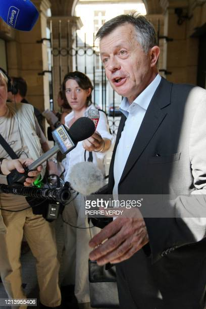 Le secrétaire général adjoint de la Fédération nationale des syndicats d'exploitants agricoles Jean-Bernard Bayard répond aux questions des...