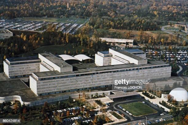 Le siège des services de renseignements américains la CIA circa 1980 à Langley VA