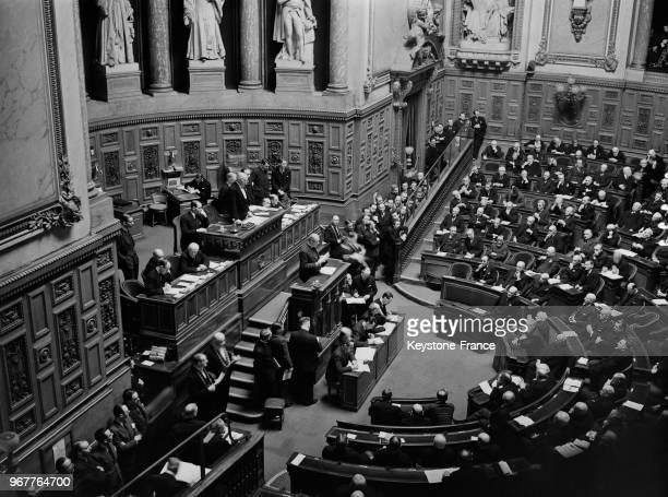Le sénateur Henri Bérenger à la tribune du Sénat lors de la ratification du pacte francosoviétique à Paris France le 13 mars 1936
