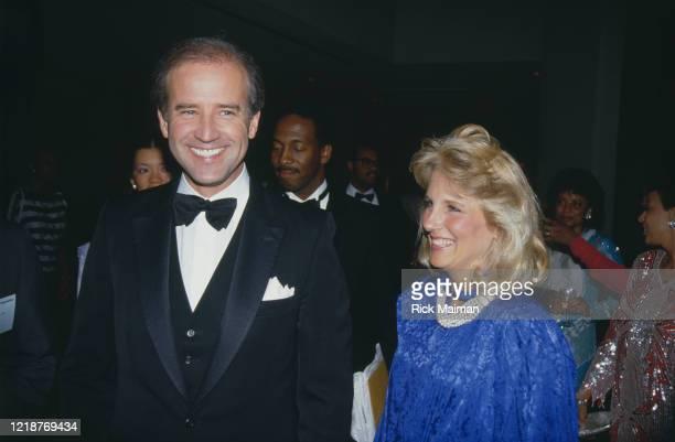 Le sénateur Joe Biden candidat à la présidence des Etats-Unis en 1987, avec sa femme Jill Biden.