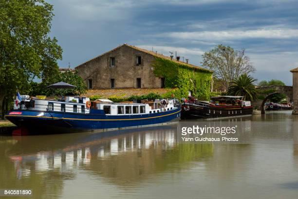 le somail, the canal du midi,aude, occitanie, france - canal du midi photos et images de collection